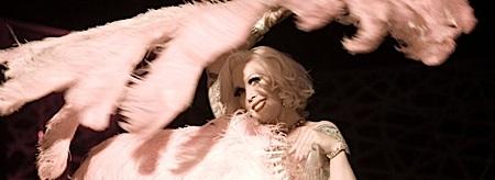 strange_case_of_angelica,tournee,amalric,chongqing_blues,nom_des_gens,benda_bilili,bensoussan, - Cannes #2 : ambiance de cabaret sur la croisette