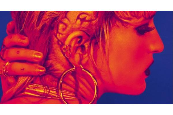titane2021060613,Cannes 2021, - TITANE de Julia Ducournau (Palme d'Or 2021) : Jim Williams convoque Kubrick en transformant la Sarabande de Haendel